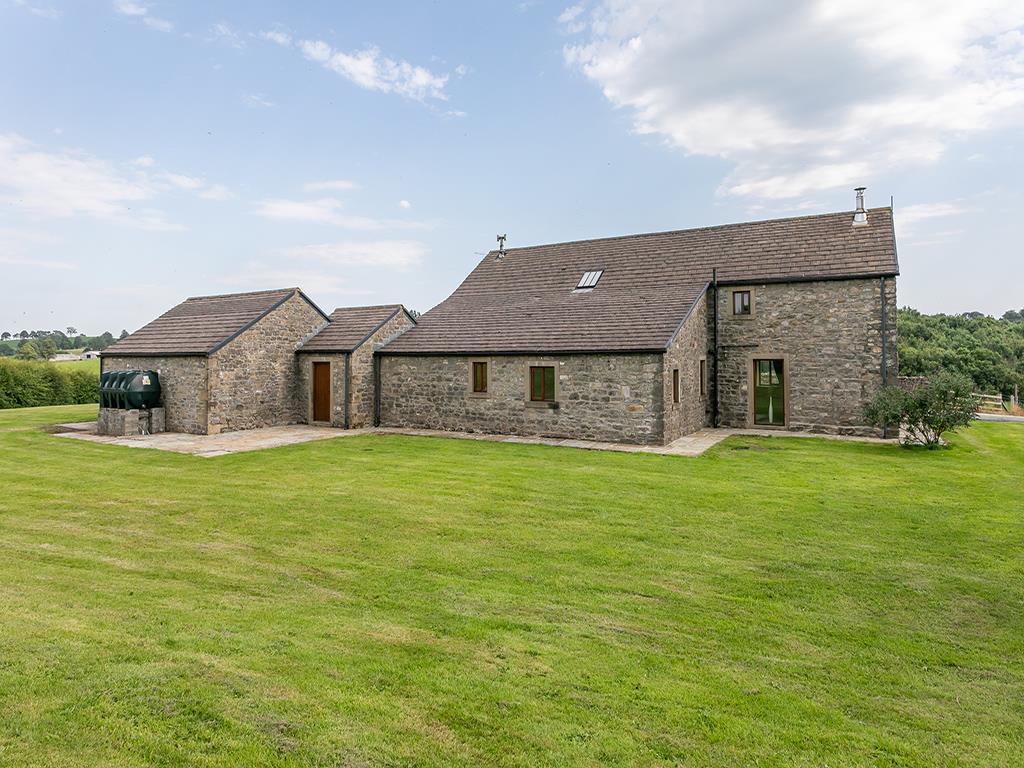 4 bedroom barn conversion For Sale in Skipton - stockbridge_Laithe-10.jpg